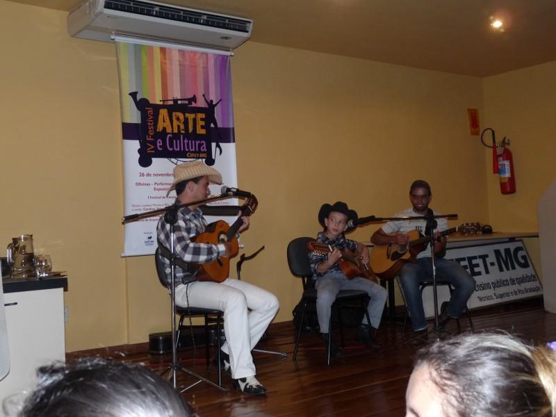 Abertura em Nepomuceno com Luciano e Guilherme Morais