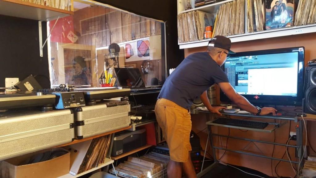 Quarta-feira, Clebin em seu estúdio