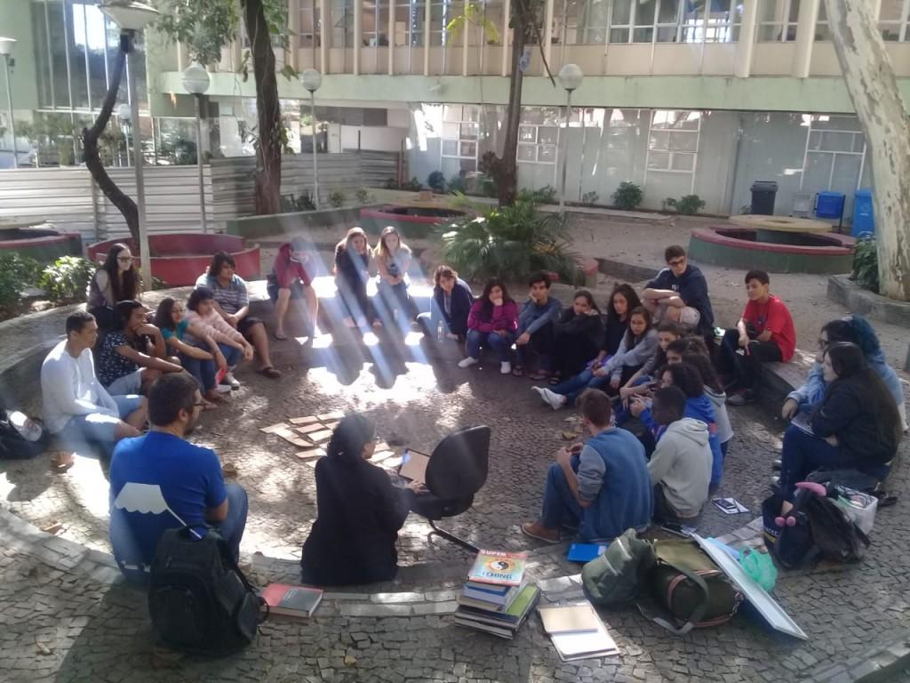 Segunda-feira, primeiro encontro dos alunos do Curso Rede